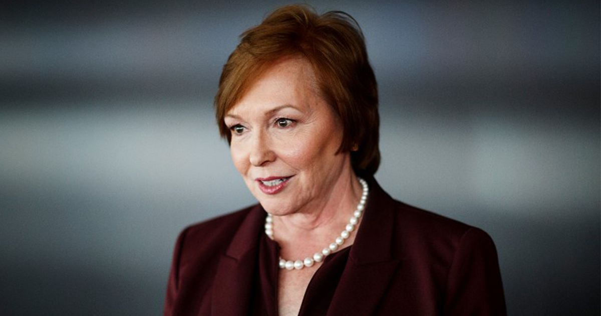 CDC director resigns in wake of report she bought shares ...